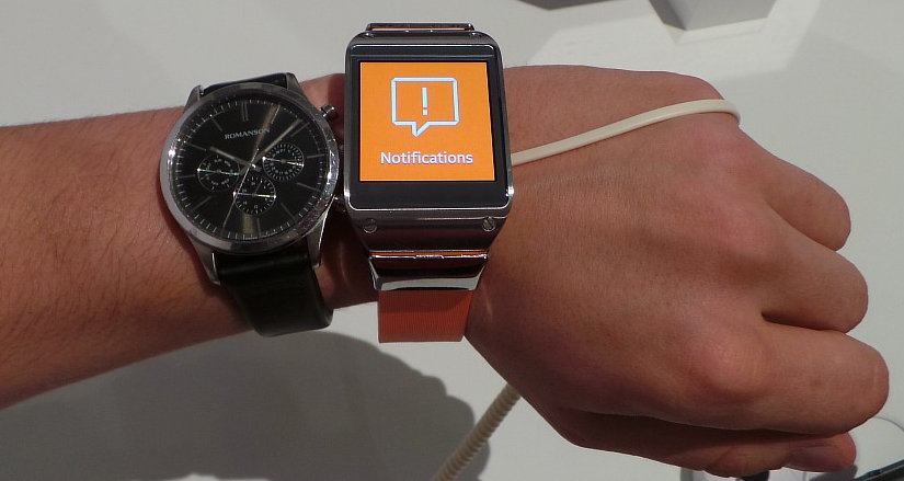 Samsung_Galaxy_Gear_Comparison