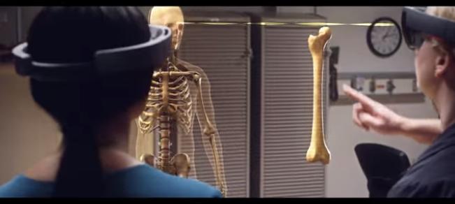 Microsoft HoloLens medicina