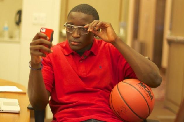 Se estudia la posibilidad de que los árbitros de la NBA usen Google Glass