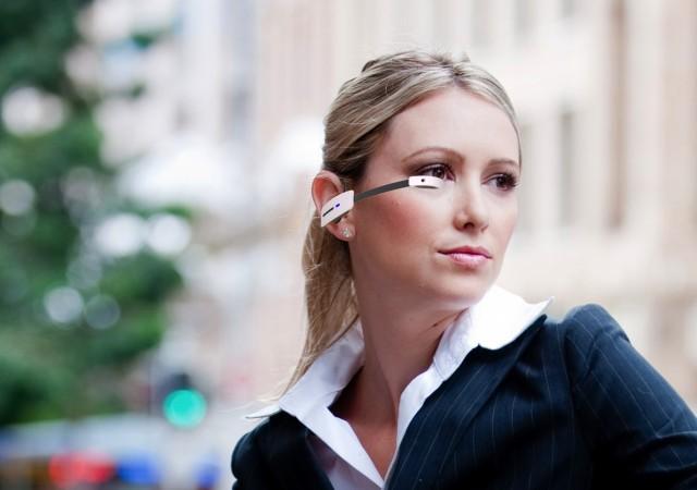 Un nuevo competidor de Google Glass, el Vuzix M100, está disponible por $1,000 bajo pedido
