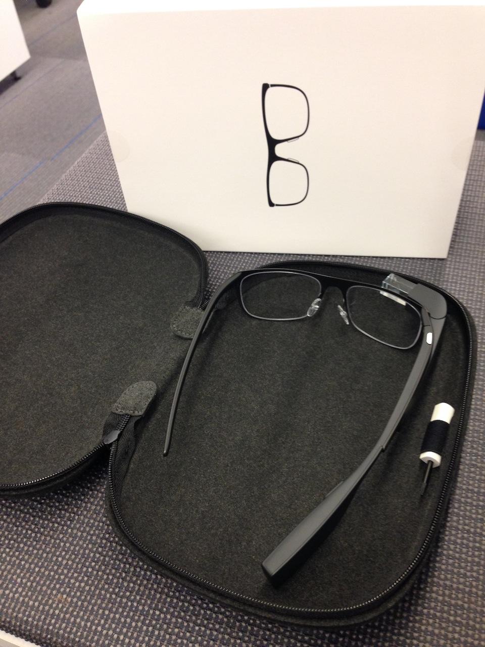 Google Glass tendrá una nueva funda oficial para proteger su tan comentado punto débil.