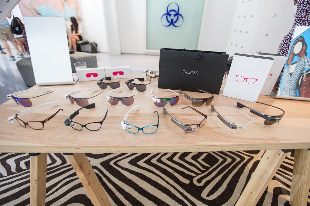 Diane von Furstenberg pone a Google Glass a la moda4
