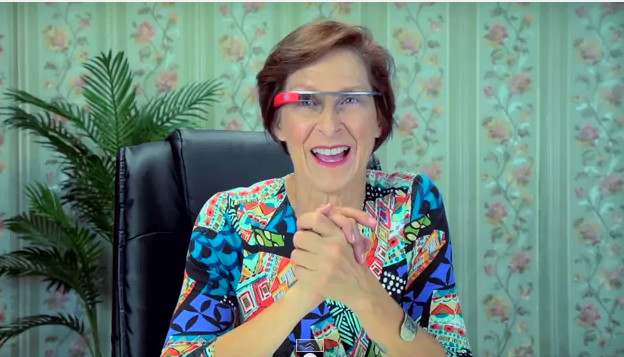 Reacción de los ancianos al ver y probar Google Glass