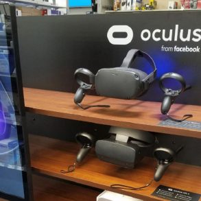 Stock Oculus Quest